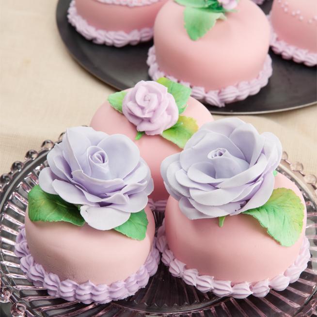 Almond Paste-Strawberry Cake
