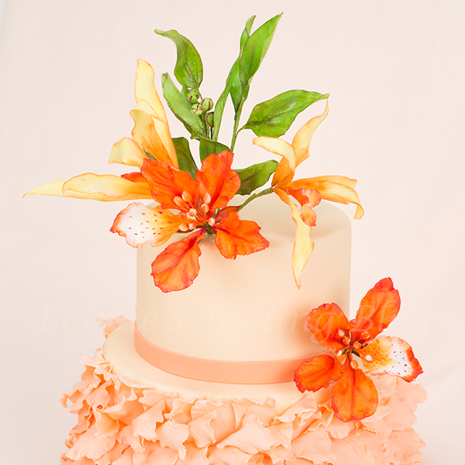 learn art of  sugar paste flowers and petal cake!