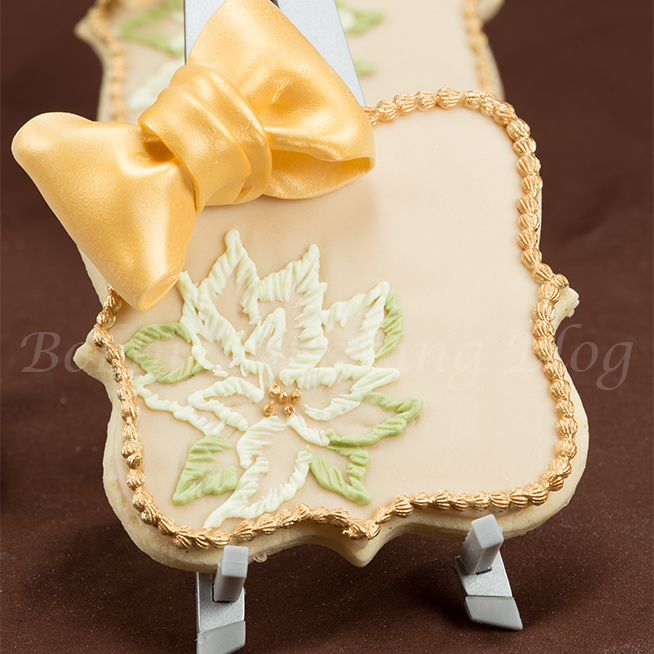 Learn How to Create A Gumpaste Bows on Gluten Free Sugar Cookies Card