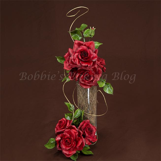 learn how to make gumpaste/flower paste roses