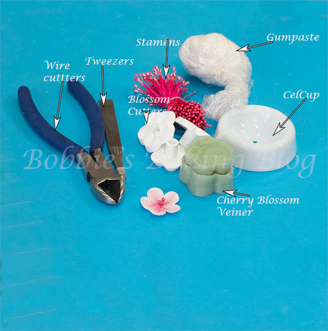 flower paste/gumpaste cherry blossom cupcake tutorial