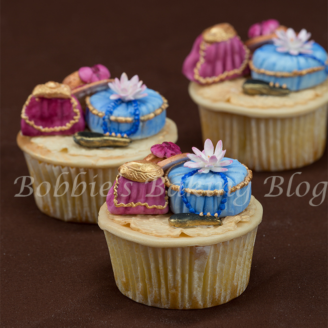 learn how to make a fondant purse and matching hatbox