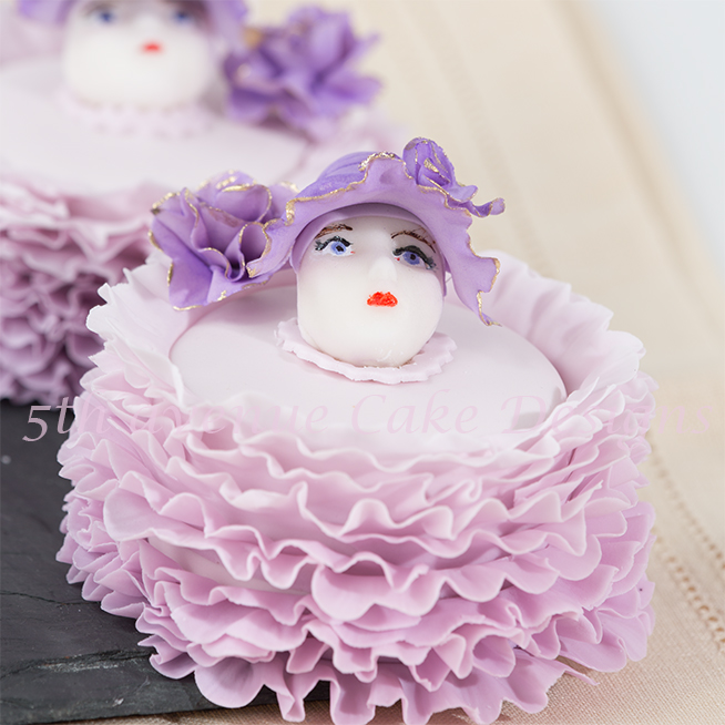 Mini Bonnet Frill Cake