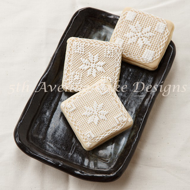 learn how to cross stitch with royal icing