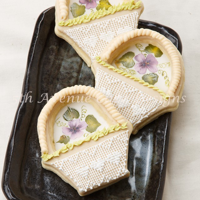 royal icing cross stitch and hand painted flower tutorial