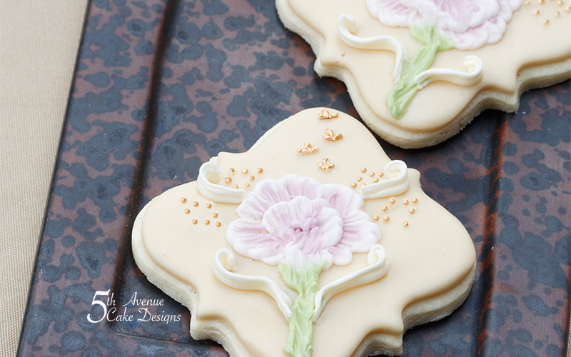 Two-Tone Ombre Brush Embroidery Cookie Art Lesson