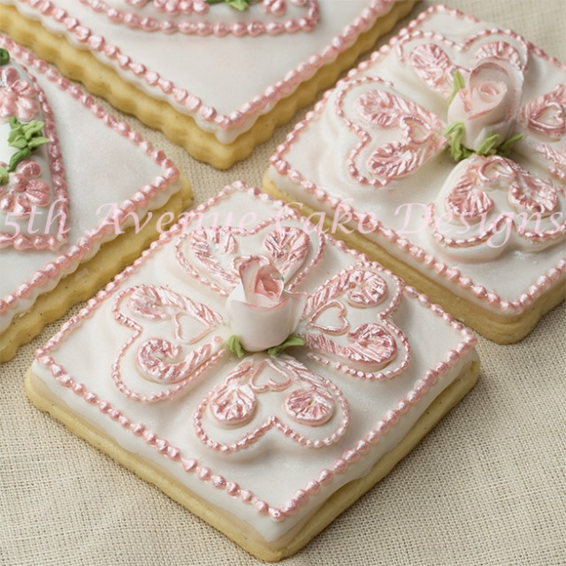 Learn how make and  use the correct royal icing consistencies and techniques