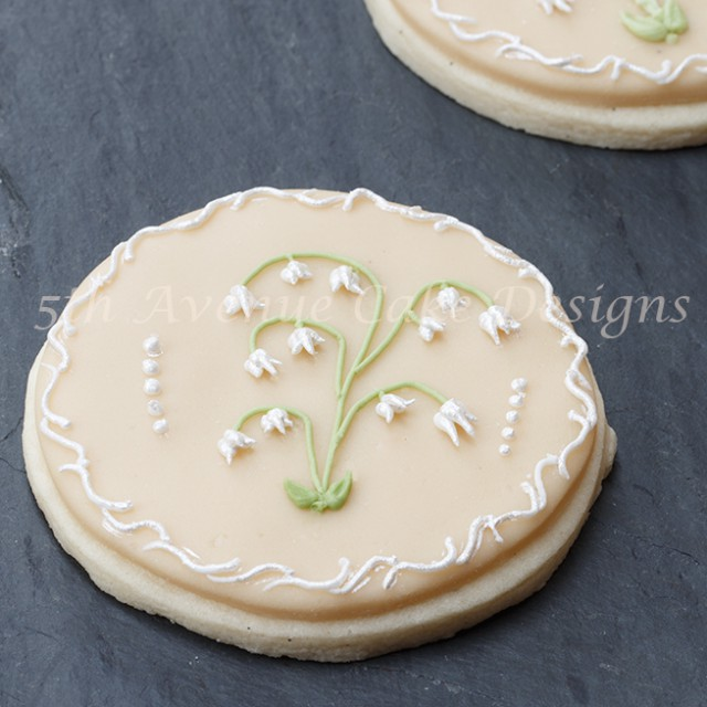 learn the art of royal icing pressure piping
