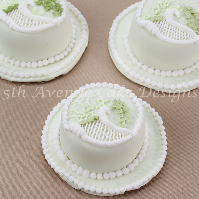 Classic Over-piped Scrolls and Trellis Cake