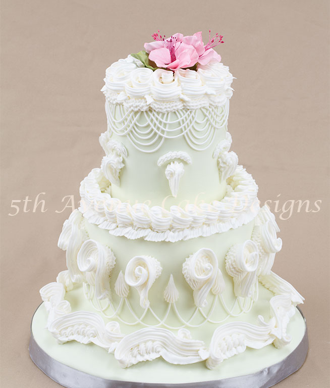 decorating wedding cakes with royal icing with the lambeth method of cake decorating 13416