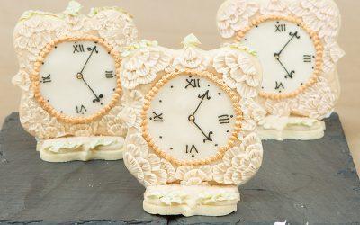 Brush Embroidery Vintage Clock Cookies