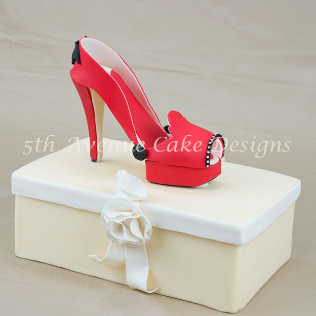 learn how to make an inspired Manolo Blahnik fondant platform high heel shoe