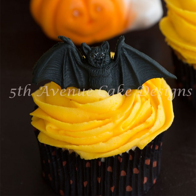 Sugar bats and ghosts just in time for Halloween