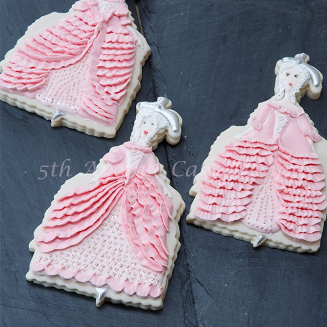 Cookies Couture with 5th Avenue Cake Designs Marie Antoinette Cookie- Doll Tutorial