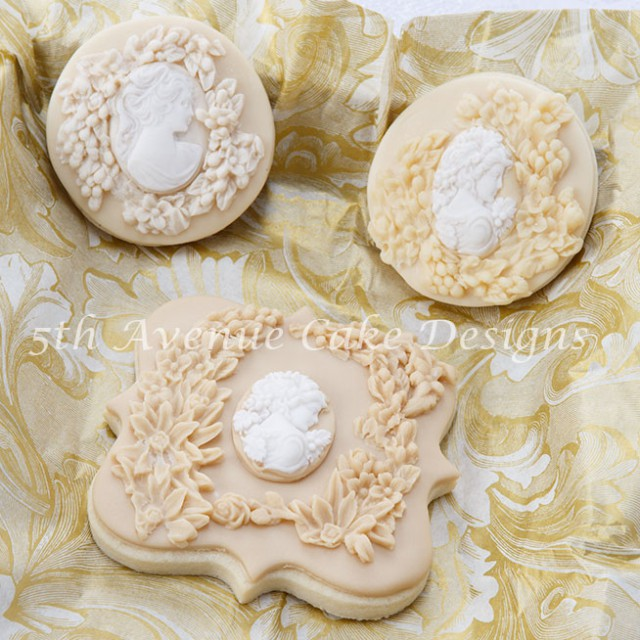 Bas relief Autumn-wedding cookie design by Bobbie Bakes