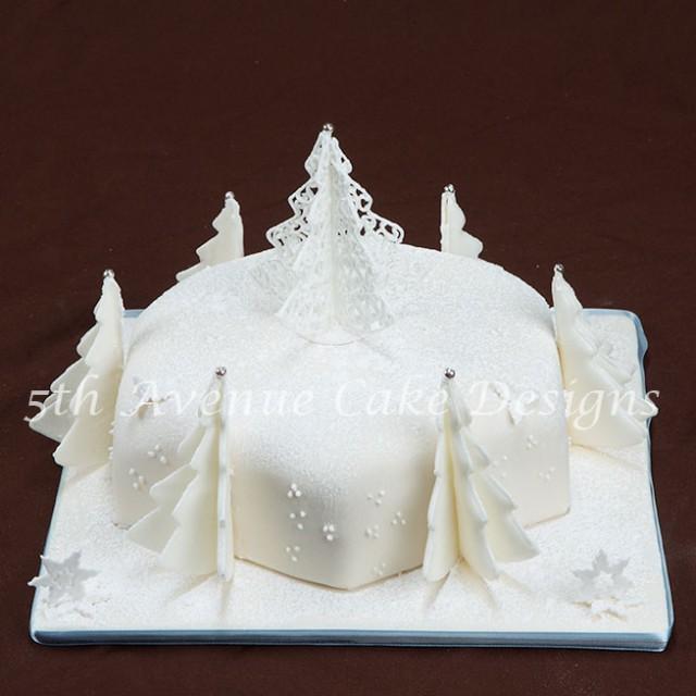 Filigree cake by Bobbie Bakes