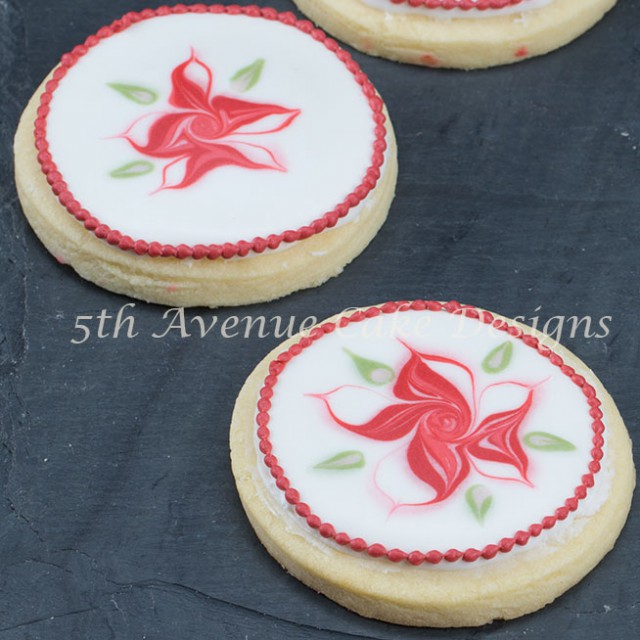 Wet on wet poinsettia cookie by Bobbie Noto