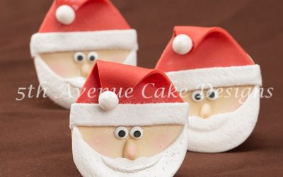 How to Sculpt Santa Claus Cupcakes
