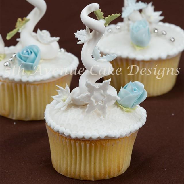 Christmas tree cupcakes by Bobbie Noto