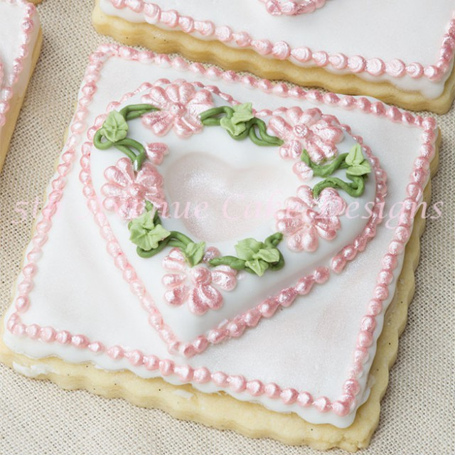Elegant cookies by Bobbie Noto