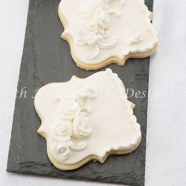 Elegant royal icing Lambeth style cookies by Bobbie Noto