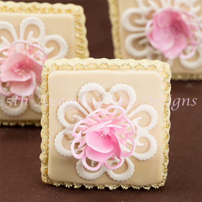 Vintage lace wedding cookies by Bobbie Noto