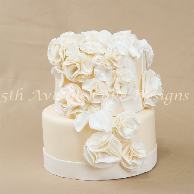 Fashion fondant wedding cake