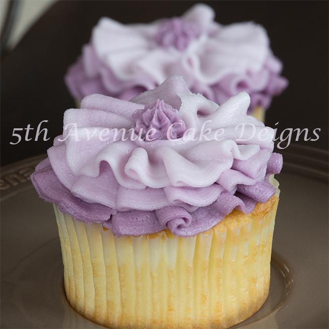 ruffled cupcake by Bobbie Noto