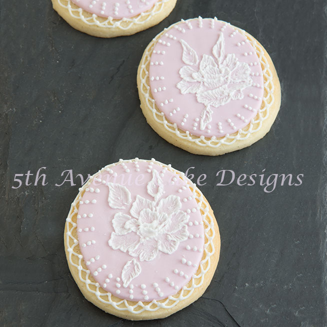 Advanced Brush Embroidery Bridal Cookies