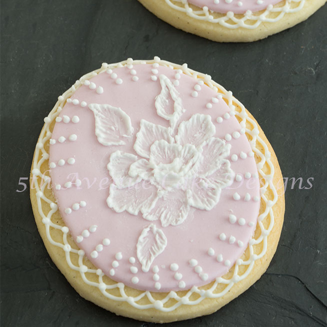 Wedding inspired cookies by Bobbie Noto