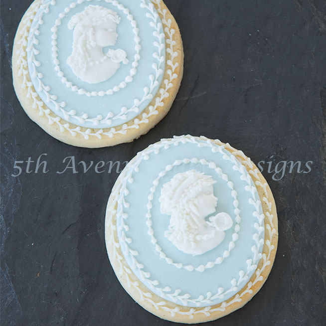 Cameo wedding cookies by Bobbie Noto