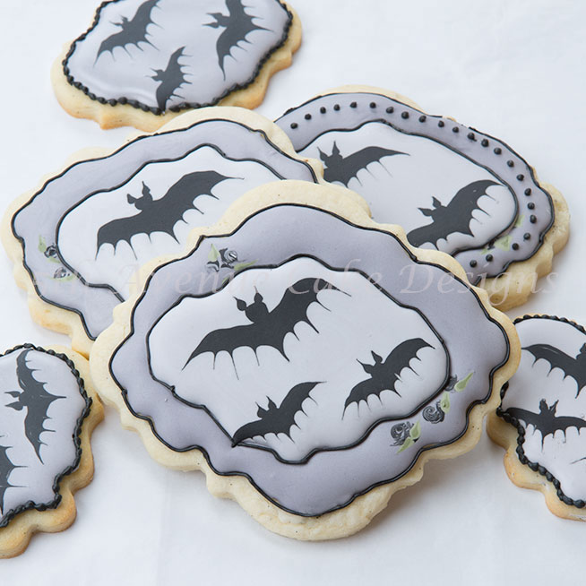 How to Create Wet on Wet Bat Cookies