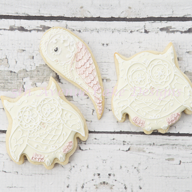 Royal icing lace owl cookies