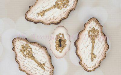 Vintage Provençal Key Cookies